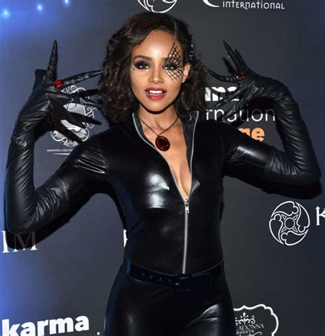 Meagan Tandy Can Wait to Get Married! Is Metaphorically