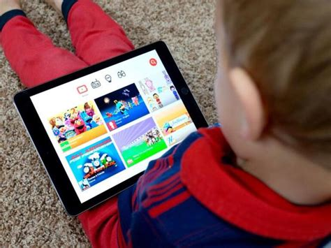 Ubiquitous screens pose new parenting challenges in the