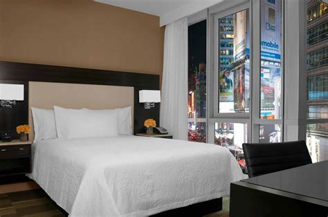 Times Square Hotels - Where to Stay in Times Square