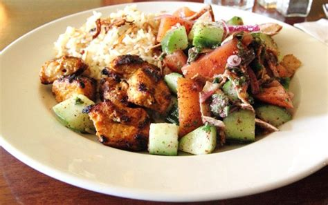 Weekly Lunch Pick: the sumptuous tawük lunch plate at Tabülè