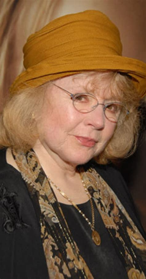 Piper Laurie - IMDb